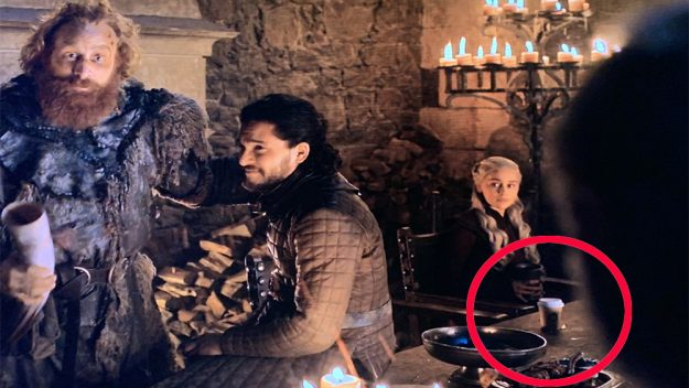 Starbucks paper cup in Game of Thrones created the Buzz-GOT-Gingercup